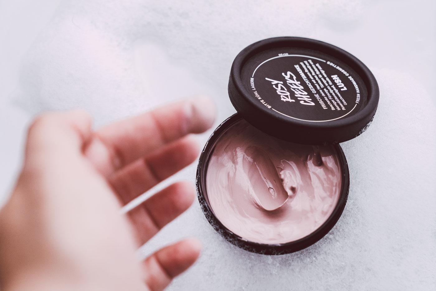 Lush Rosy Cheeks Gesichtsmaske