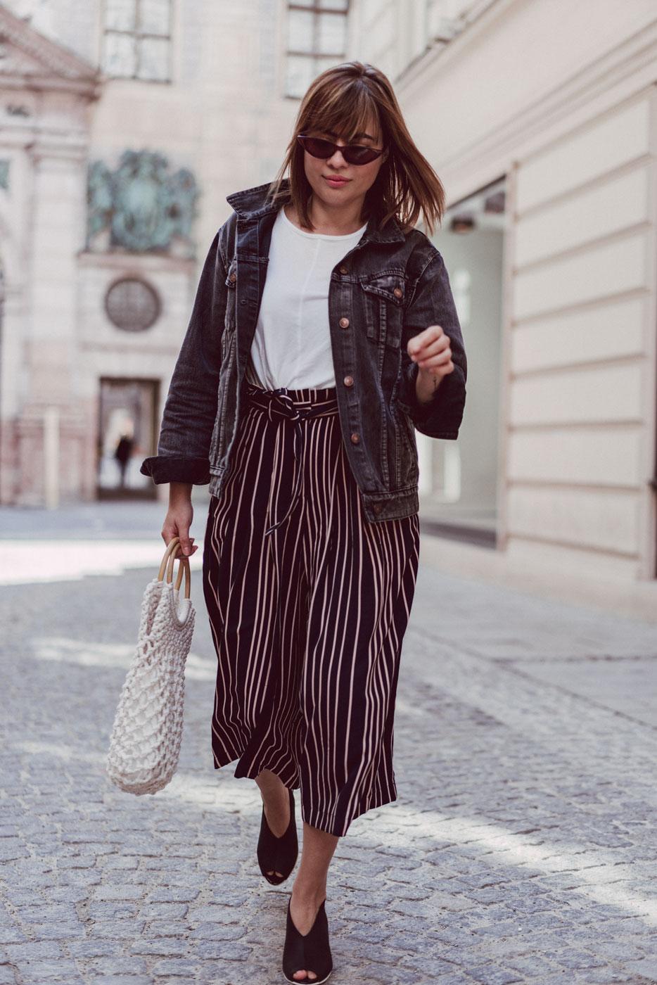 Paperbag Culotte mit Häkeltasche